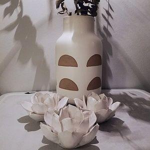Set of 3 ceramic flower candleholders